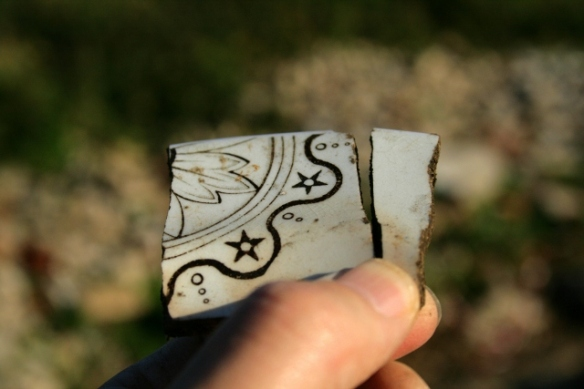 Decorated ceramic shards.