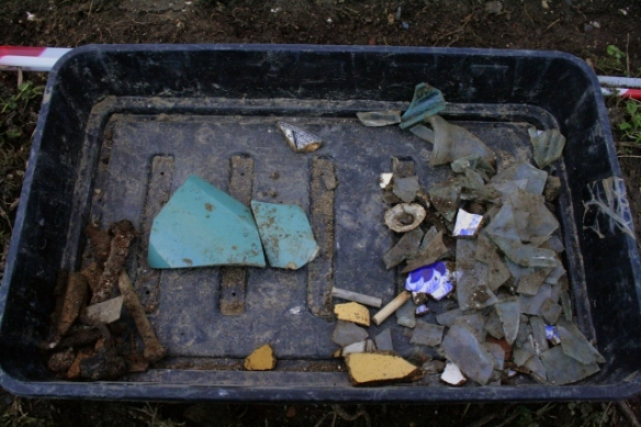 Finds tray from 2x2m grid sq S of cottage E of extension