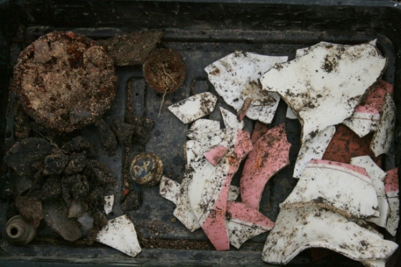Finds tray from E of chimney base