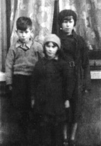 Bob, Sylvia, Lucy Phipps