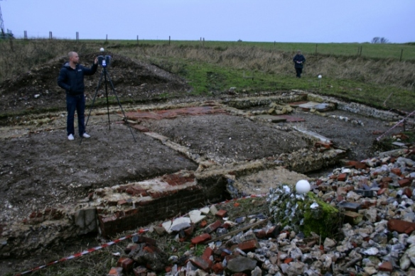 Looking NW at dig site & Chris from SeSurveying doing 3d-laser scan