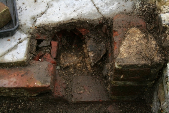 Looking W at excavation of NE corner of outside toilet